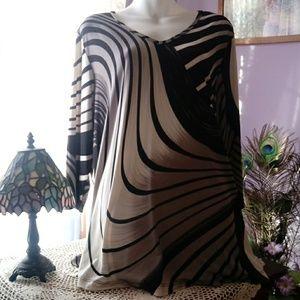 Woman's tunic top